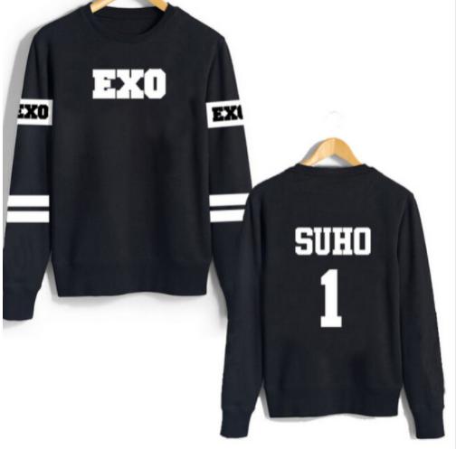 Suho de manga larga EXO