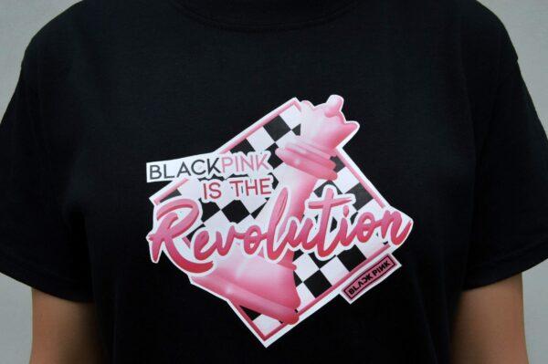 Blackpink ist das Revolutions-T-Shirt bei verykpop.com