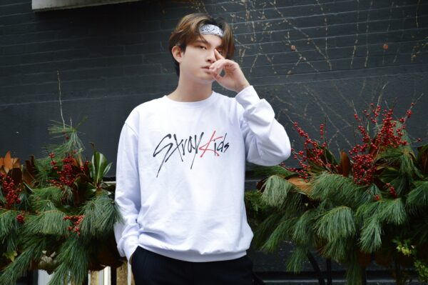 Stray Kids sweater in white