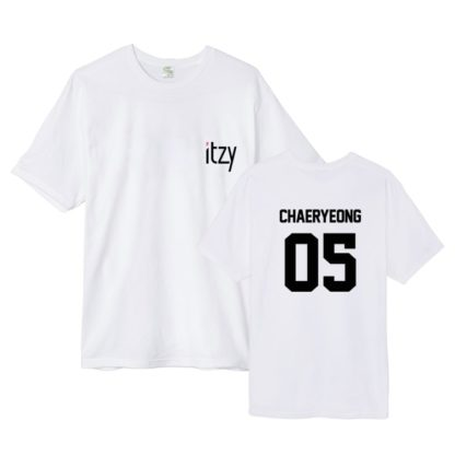 ITZY Chaeryoung t-shirt in black